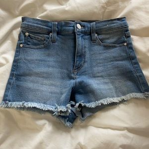 Mid rise forever 21 Jean shorts